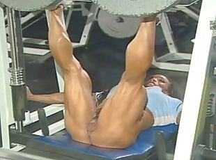 ROKO VIDEO-BIG CLITS Muscles Women
