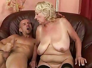 Young guy fucking chubby grandma