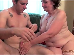Chubby granny chick on his dick to ride