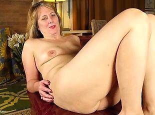 Miela (Cute), Vagina