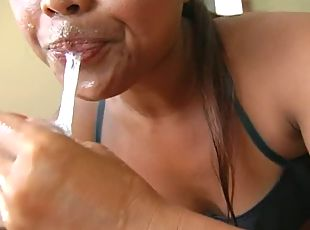 Sperm-addicted trollop gives her client an amazing blowjob