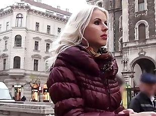 Hot blonde Lynna Nilson gets banged