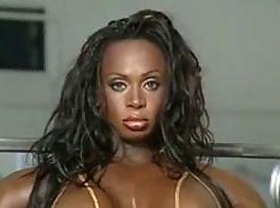 Black_female_muscles